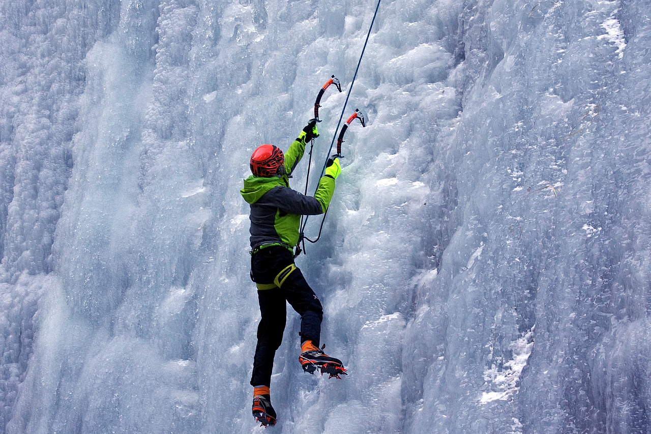 Only The Best Gear For Beginners Who Want To Rock Climb